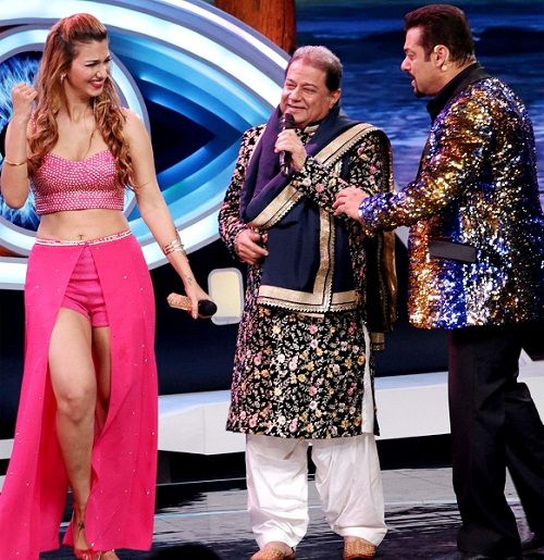 Jasleen Matharu and Anup Jalota in 'Bigg Boss 12'