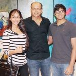 Ashutosh Gowariker with wif Sunita and son Vishwang