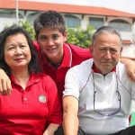 Joseph Schooling with his parents