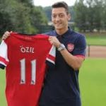 Mesut Ozil joining Arsenal