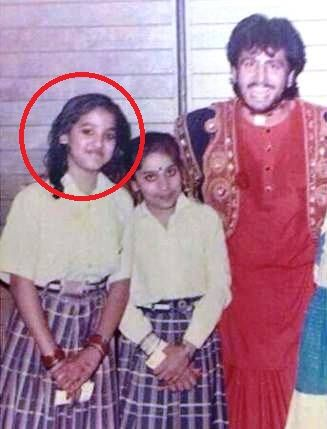 Neeti Mohan's Childhood Photo With Gurdas Maan