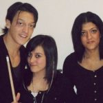 Ozil with his sisters