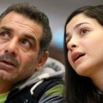 Yusra Mardini with her father