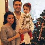 Shruti seth with husband & daughter Alina