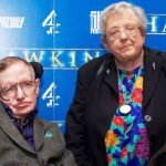 stephen-hawking-with-his-younger-sister-mary