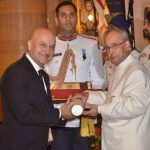 Anupam Kher receiving Padma Bhushan