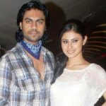 gaurav-chopra-with-his-ex-girlfriend-mouni-roy