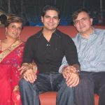 karan-mehra-with-his-parents