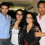 Srishti Kumar with her parents and brother Vikas