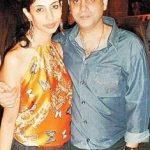 navya-naveli-nanda-father-nikhil-nanda-and-mother-shweta-bachchan