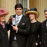 Alastair cook with parents and wife