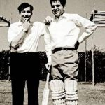 dilip-kumar-playing-cricket