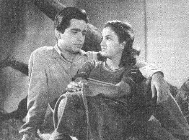 Dilip Kumar with Kamini Kaushal