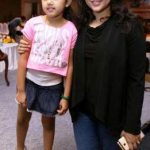 meena-with-her-daughter-nainika