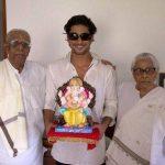 Prateik Babbar with his grandparents