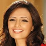 Roshni Chopra Height, Weight, Age, Husband, Biography & More