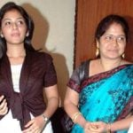 anjali-with-her-step-mother-bharathi-devi