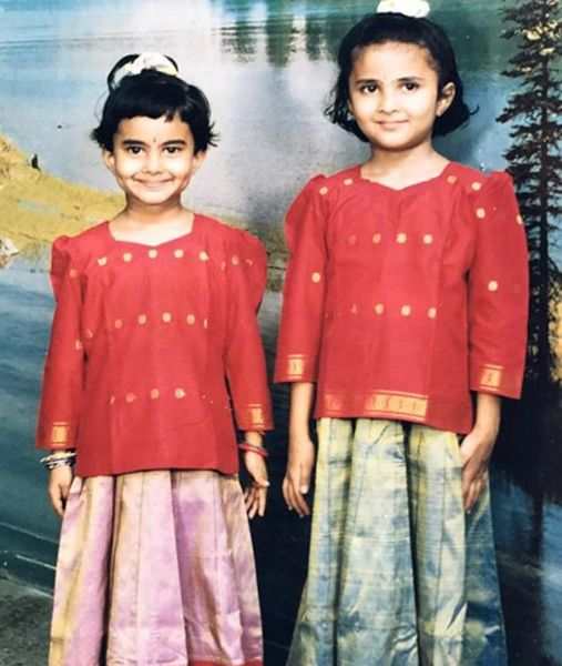 Childhood Picture of Vidya and Her Sister