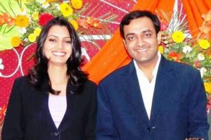 Chitra Tripathi With Her Husband before marriage in 2007