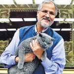najeeb-jung-with-his-cat