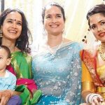 sameera-reddy-with-her-sisters