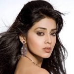 Shriya Saran Age, Height, Husband, Family, Biography & More