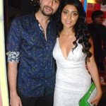 shriya-saran-with-her-boyfriend-rajiv-mallu
