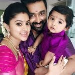 sneha-with-her-husband-prasanna-and-son-vihaan