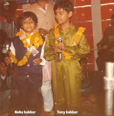 Tony Kakkar performing with his sister in childhood