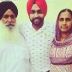 Ammy Virk with his parents