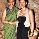 Aditi Rao Hydari with her mother