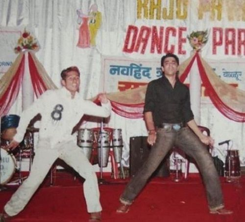 Eijaz Khan's Old Picture While Dancing