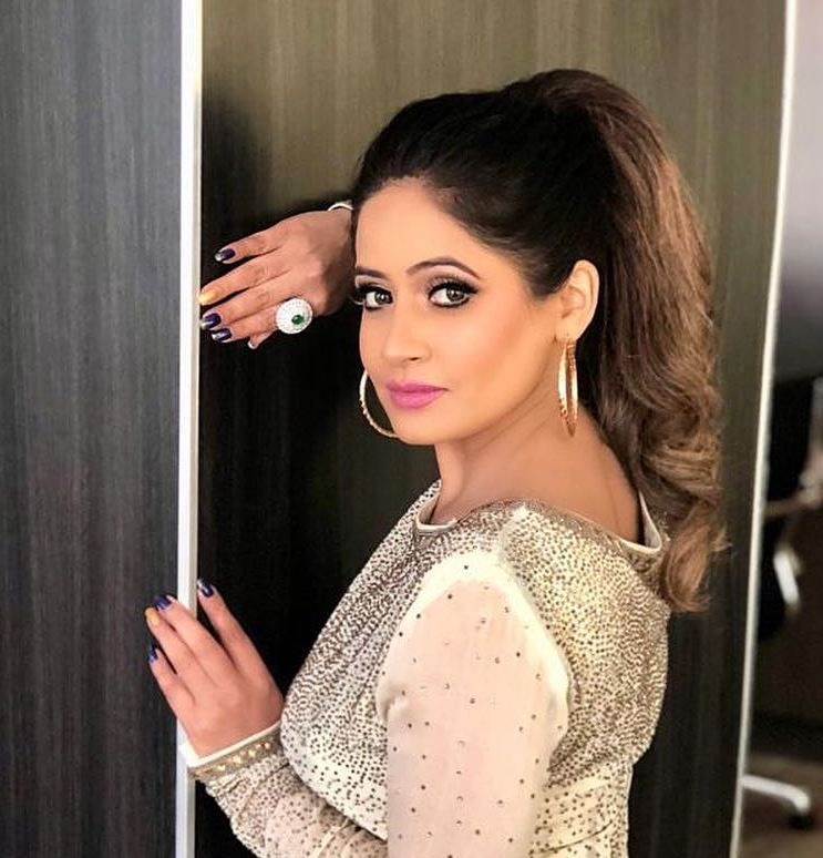 Miss Pooja image