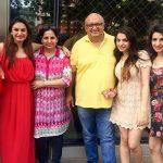 Prakriti Kakar Parents & Sisters
