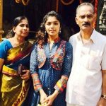 rima-kallingal-with-her-parents
