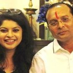 sneha-wagh-with-her-father