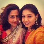 Sunidhi Chauhan with her sister Suneha