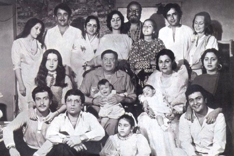 An Old Photo of Neetu Singh with Her in-Laws