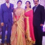 avinash-sachdev-with-his-wife-and-parents