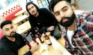 Goldy Kahlon drinking beer with Satpal Malhi and Parmish Verma