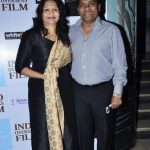 johny-lever-with-his-wife