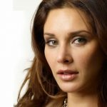 Lisa Ray Age, Height, Boyfriend, Husband, Family, Biography & More