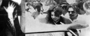 M Karunanidhi - Jayalalitha Saree Incident
