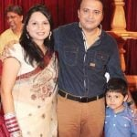 mandar-chandwadkar-with-his-wife-and-son