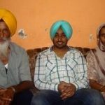Satinder Sartaaj with parents
