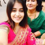 shruti-prakash-with-her-mother-savitha-prakash