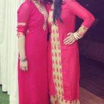 shruti-prakash-with-her-sister-priyanka-prakash