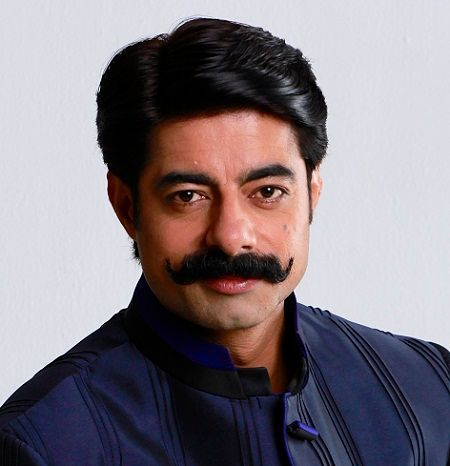 Sushant Singh (TV Anchor/Actor) Height, Weight, Age, Wife, Family
