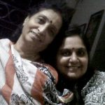 vandana-pathak-with-her-mother