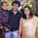 yogesh-tripathi-with-his-wife-and-son